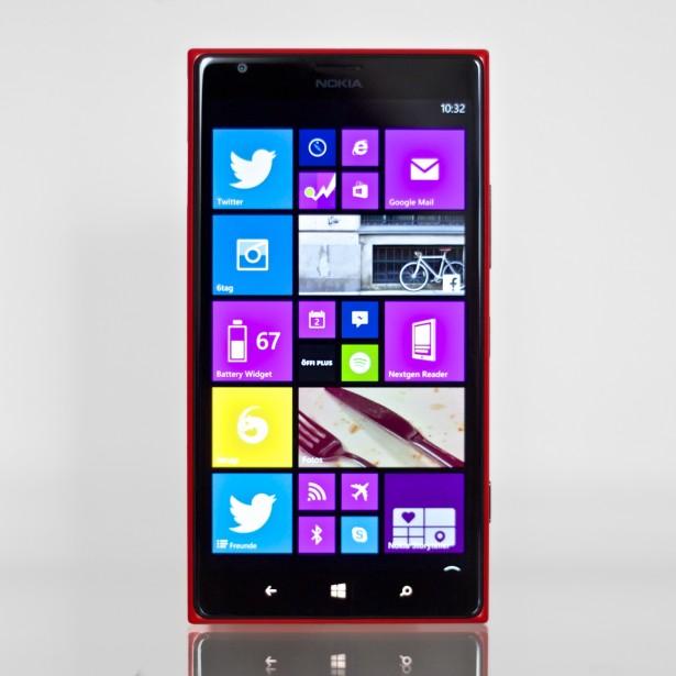 Nokia Lumia 1520 Front.
