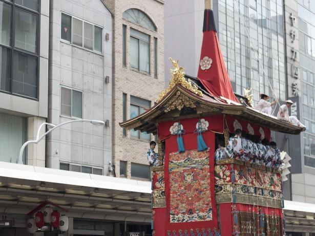 Der große Umzug des Gion Matsuri Festivals.