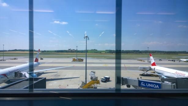 Abflug vom Flughafen Wien.