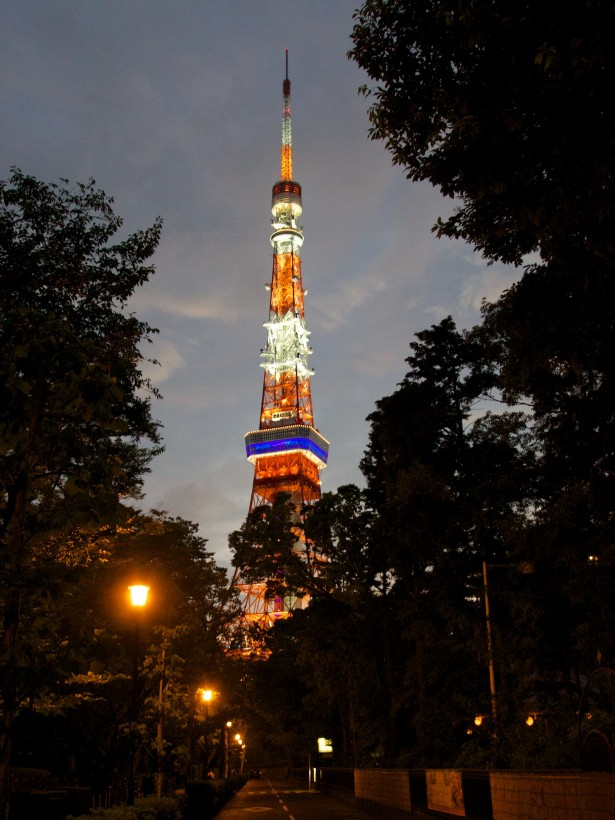 Zum Abschluss geht's noch zum Tokyo Tower.
